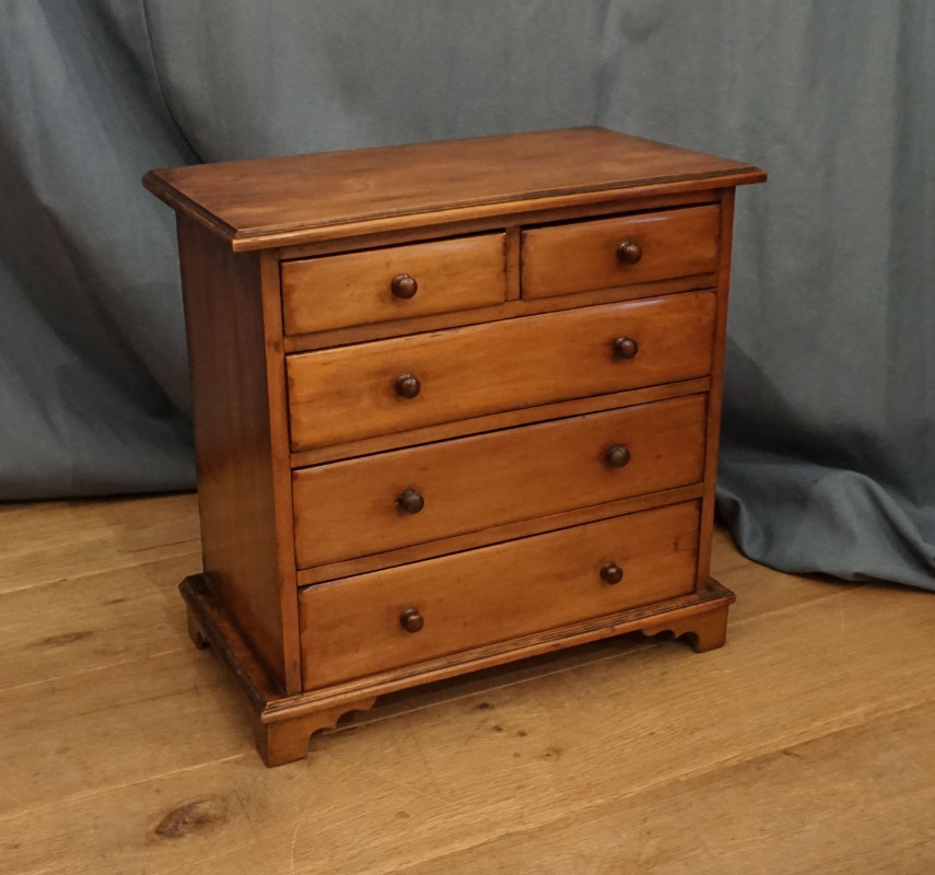Miniature chest SOLD