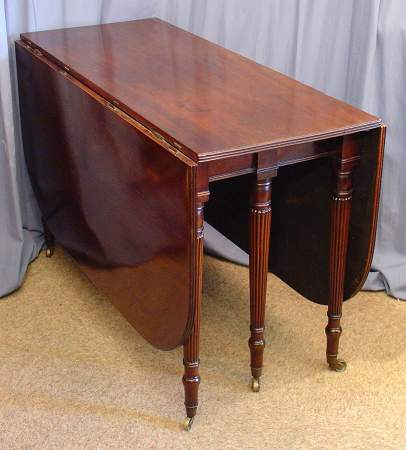 Fine quality Regency dropleaf tableSOLD