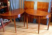 Oval ended mahogany tableSOLD