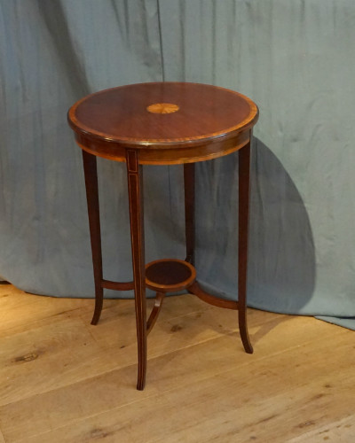 Inlaid round tableSOLD